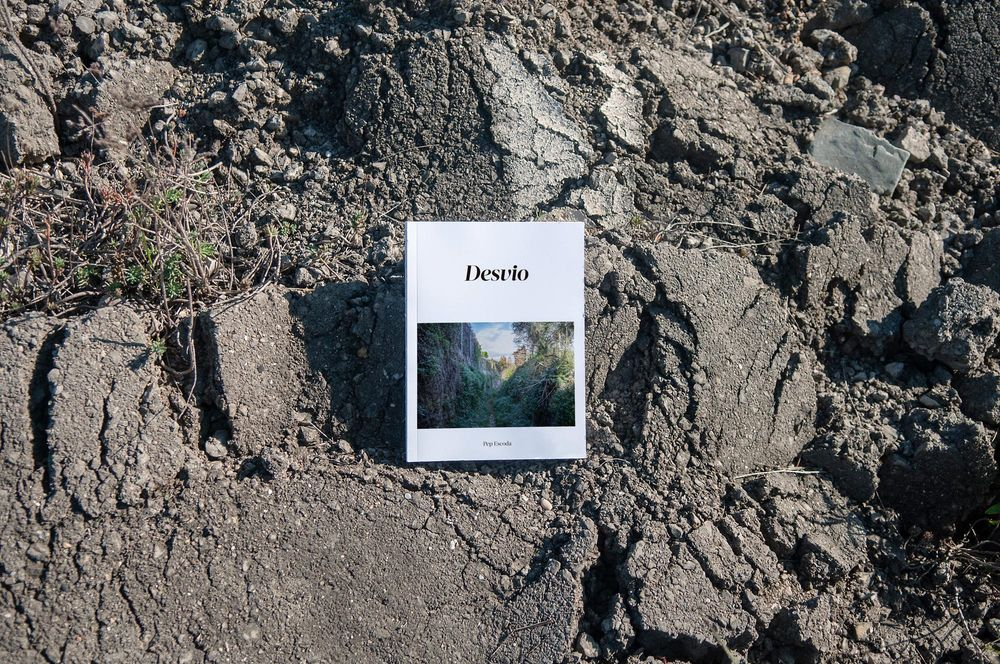 Desvio (art direction, graphic design, editorial, print), by DOMO-A | Art direction & graphic design, Barcelona